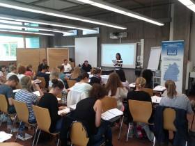 Konzentrierte Athmosphäre im Hörsaal des Staatlichen Seminars für Didaktik und Lehrerbildung (WHRS) in Reutlingen