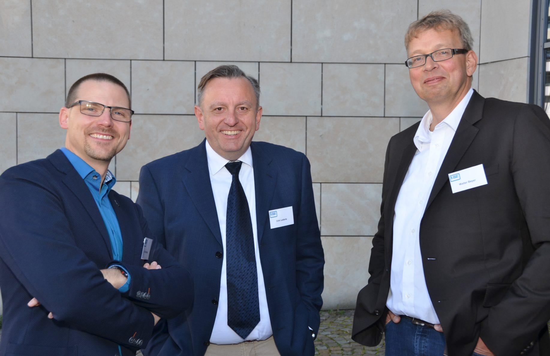Die neuen stellvertretenden Landesvorsitzenden v.l.: Hintzen, Lederle und Beyer